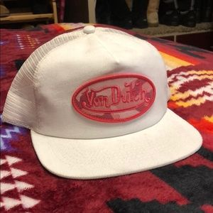 Von Dutch white flat bill hat